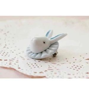 Vintage Jewelry - Handmade Porcelain White Bunny Rabbit Brooch